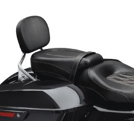 Harley-Davidson® Low-Profile Passenger Pillion – Black Diamond w/Toast Stitching 52400140