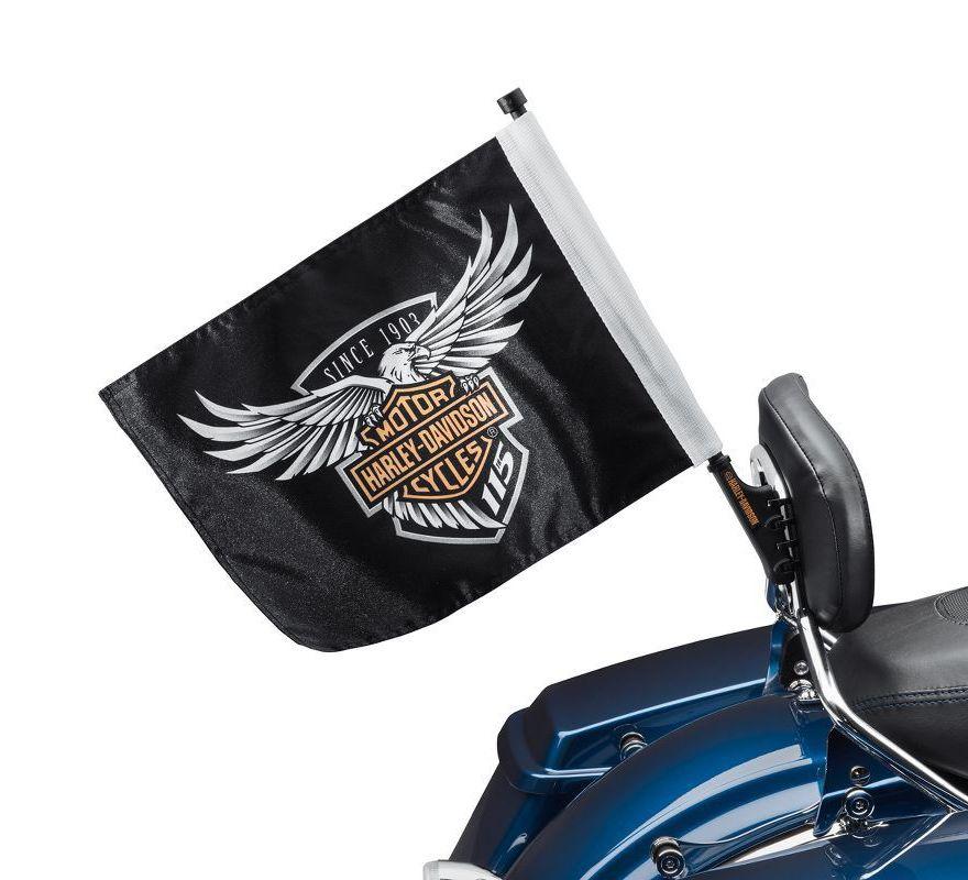Cadillac Celebrates Its 115th Anniversary With Cts V: Harley-Davidson® 115th Anniversary Flag Kit