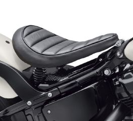Harley-Davidson® Tuck & Roll Solo Saddle 52000315