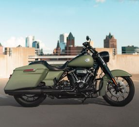 2021 Road King® Special 114